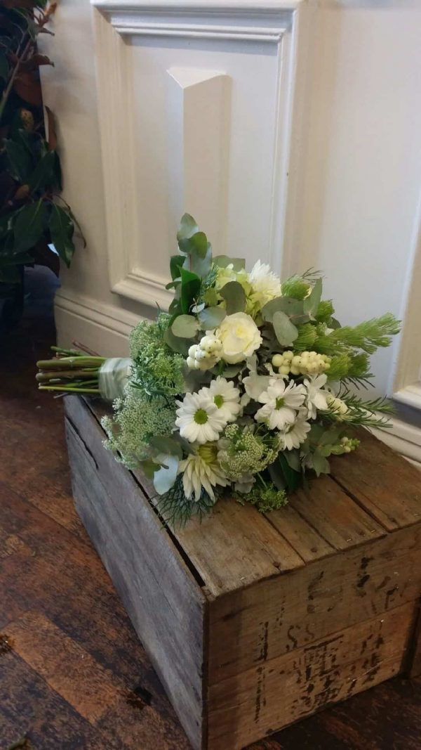 Iona flower delivery