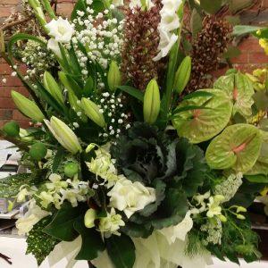 Pure bouquet - image  on https://theflowermerchant.com.au